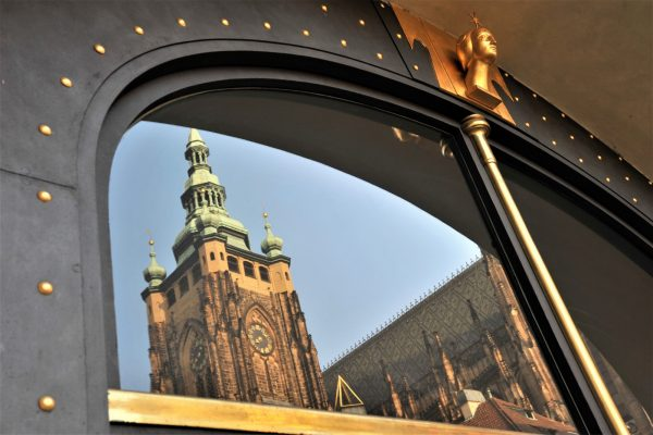 Prague doors guided photography tour